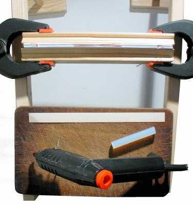 Buch binden - Buchrücken mit Heißkleber binden
